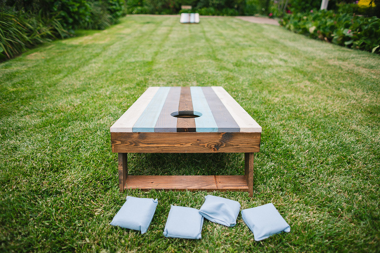 cornhole yard game for your outdoor wedding venue